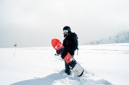 На горнолыжные курорты в 7 странах требуется обозреватель