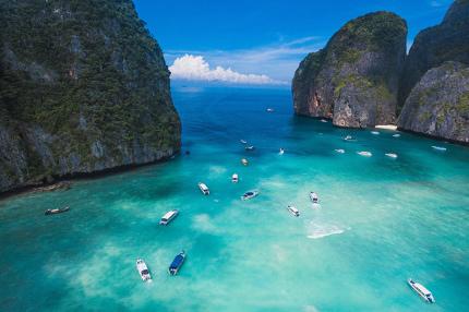 Пляж Майя Бей в Таиланде закрыли на неопределенное время