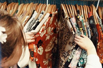 В испанских магазинах одежды хотят ввести плату за примерку