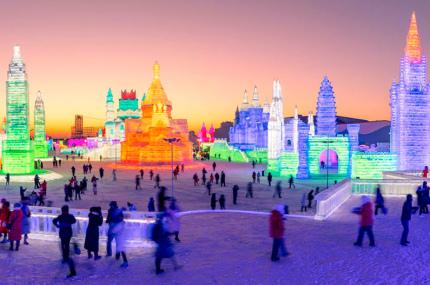 В Китае начался самый масштабный в мире фестиваль снега и льда