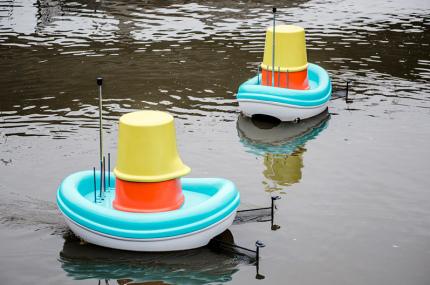 В IKEA разработали лодки для уборки мусора
