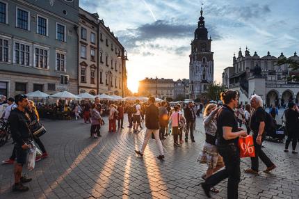 Названы самые бюджетные города Европы для отдыха на выходных
