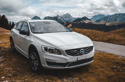 Автомобили Volvo будут определять пьяных водителей
