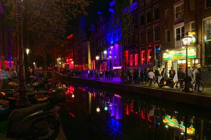 Мэр Амстердама предложила закрыть Квартал красных фонарей