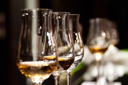 В Дубае разрешили продавать алкоголь туристам