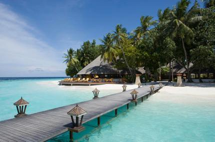 На Мальдивах открылась детская школа дайверов