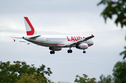 Lauda будет летать из Херсона в Вену
