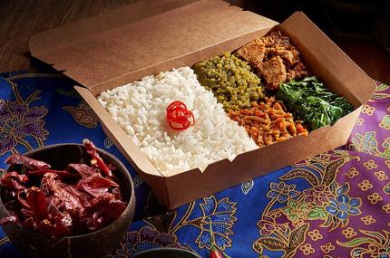 AirAsia открыла ресторан бортовой еды