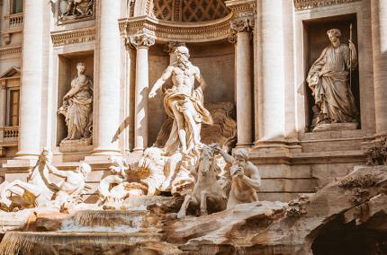 Мэрия Рима собирается установить забор вокруг фонтана Треви