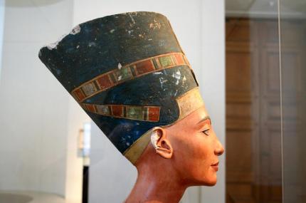 В гробнице Тутанхамона нашли тайную комнату с возможным захоронением Нефертити