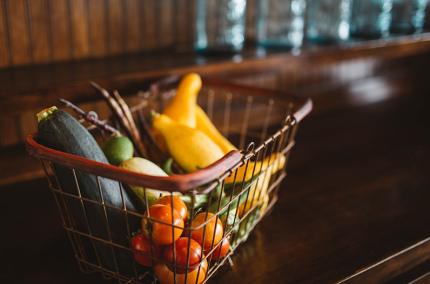 Нова Пошта запустила доставку из супермаркета Ашан