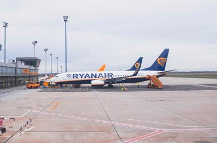 Летом Ryanair возобновит только 50% рейсов из Украины