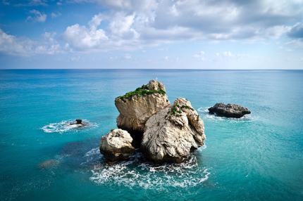 Кипр обещает покрыть расходы туристов, которые заболеют на отдыхе