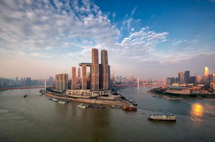 В Китае открыли горизонтальный небоскрёб