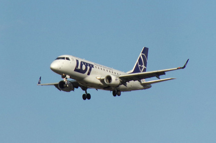 В июле LOT начнёт летать в Киев