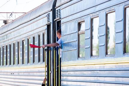 В Украине отменили карантин для тех, кто прибывает из стран красного списка
