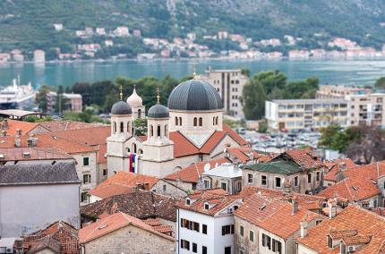 Черногория усиливает карантин