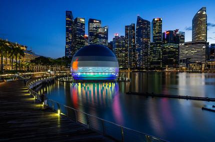 В Сингапуре откроется первый в мире Apple Store на воде