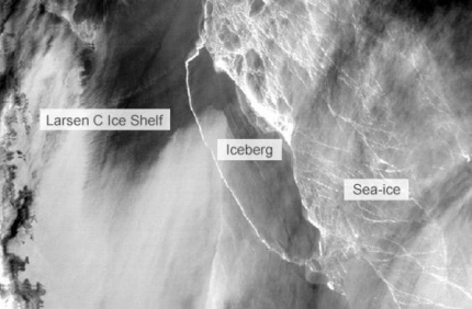 Громадный айсберг отделился от Антарктиды