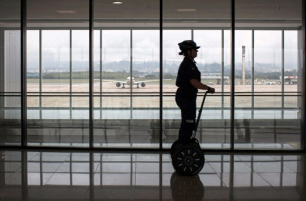 Европейские аэропорты будут выдавать пассажирам сигвеи