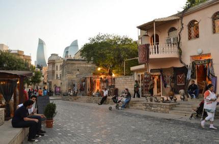 Etihad Airways будет летать в Баку