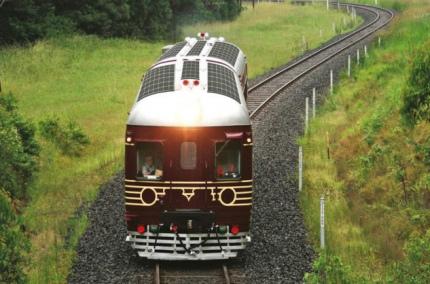 В Австралии начал курсировать поезд на солнечных батареях