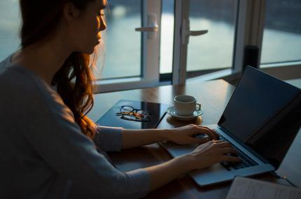 Названы страны с лучшими условиями для женщин в IT-индустрии