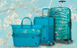 Создана серия чемоданов по мотивам Ван Гога