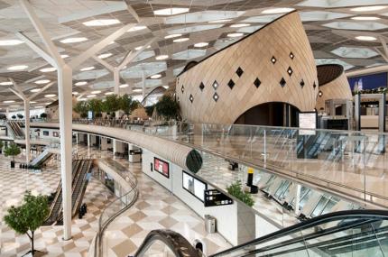 Аэропорт Баку получил пять звёзд качества Skytrax
